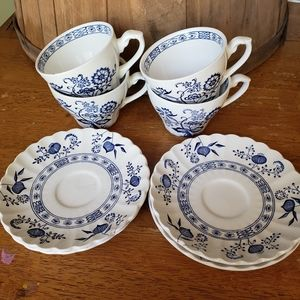 J&G Meakin Blue Onion Tea Cups & Plates
